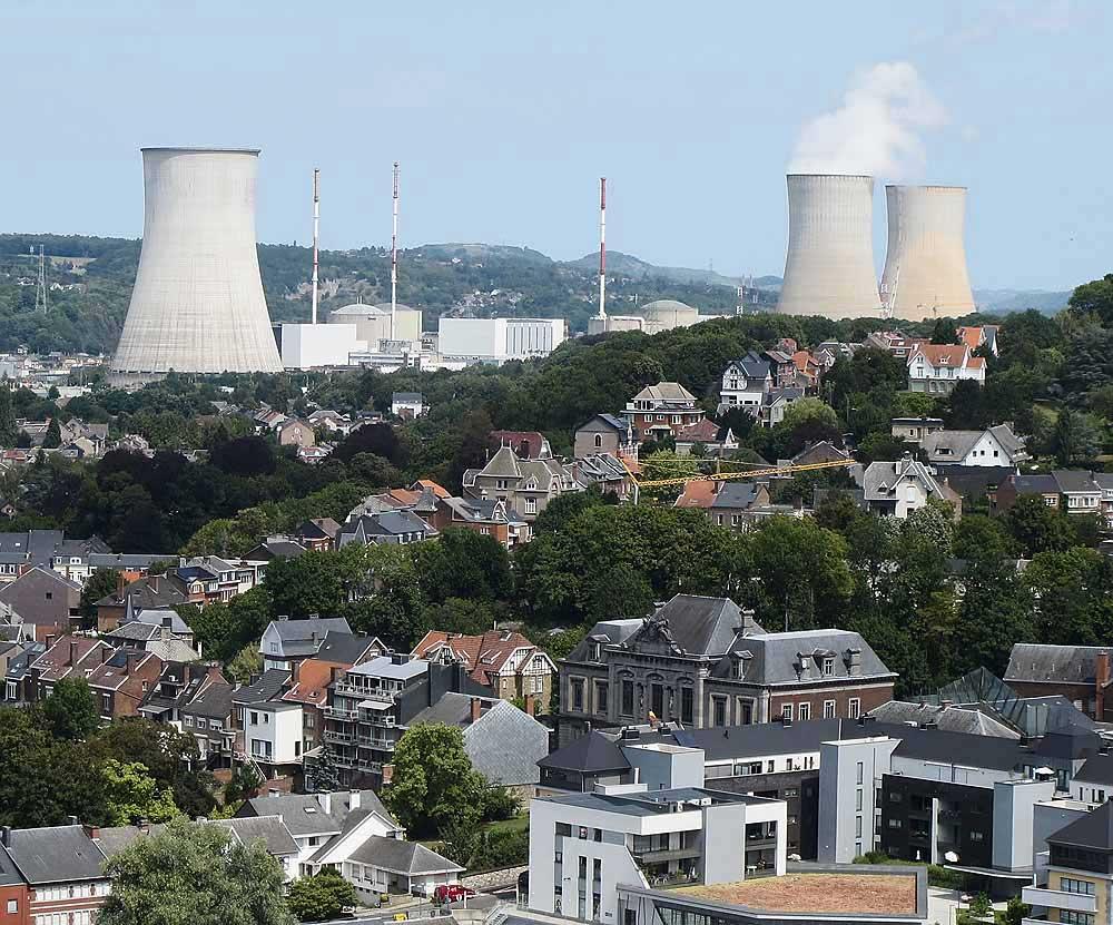 Im Schatten des Atomkraftwerks